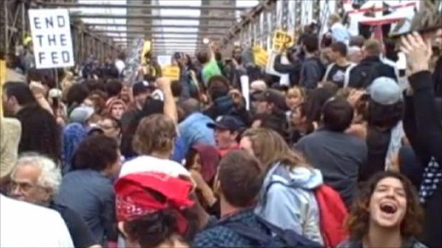Protesters on Brooklyn Bridge