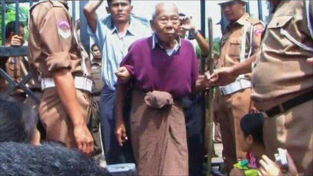 Prisoner leaving jail