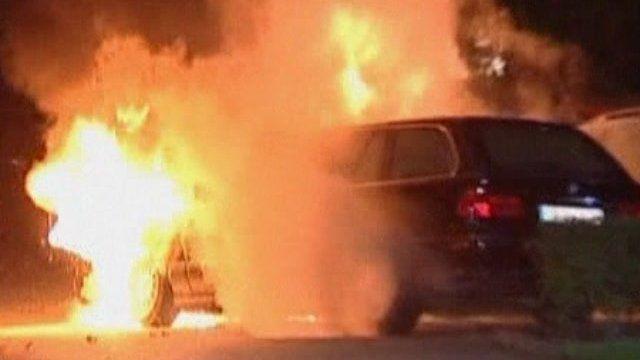 Luxury car burning in Berlin