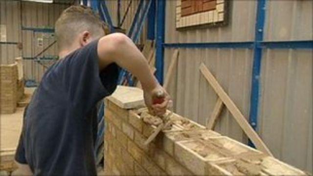 Apprenticeships attract 11 applications per vacancy