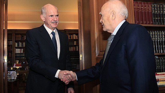 Greek PM George Papandreou meets with President Carolos Papoulias