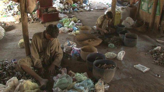 Karachi scavengers