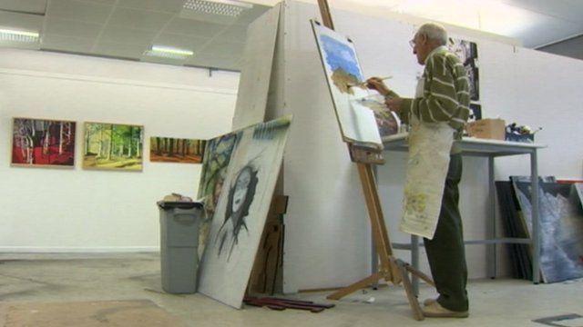 Ken Dixon painting