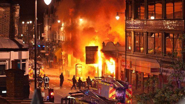 Riots in Tottenham
