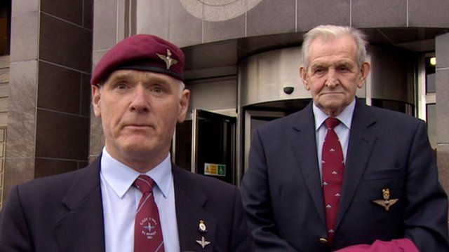 Bill Donaldson and Russell Cameron of the Parachute Regimental Association