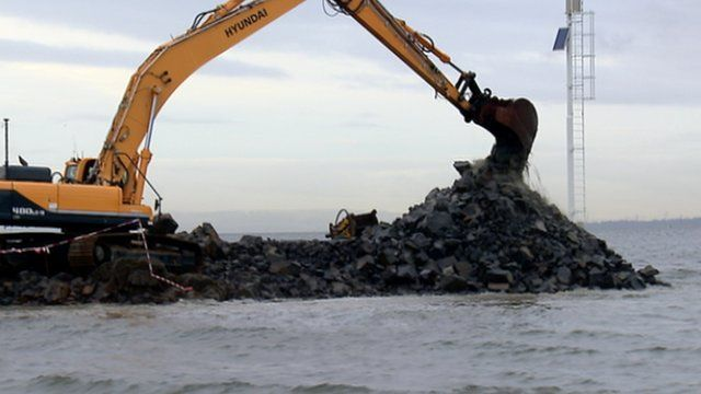 Digger working on the new Forth Crossing