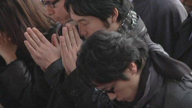 Japanese praying