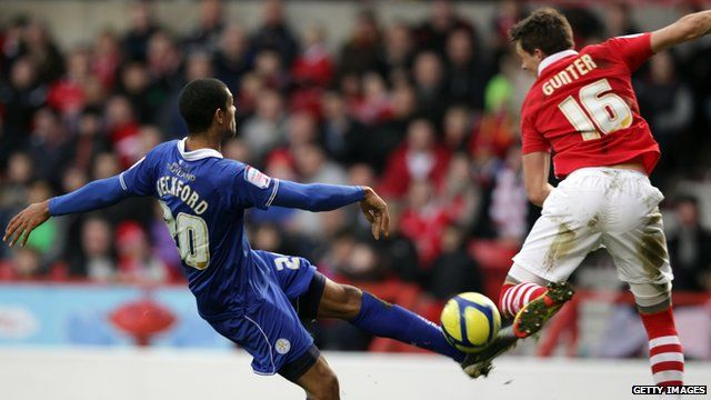 Nottingham Forest played Leicester City in the FA Cup