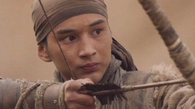 A still of a man shooting an arrow in the film Myn Bala
