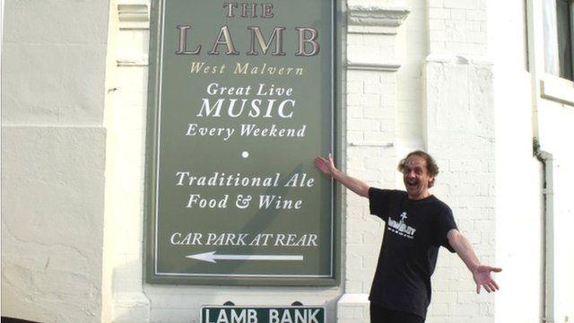 Andy O'Hare outside The Lamb Inn