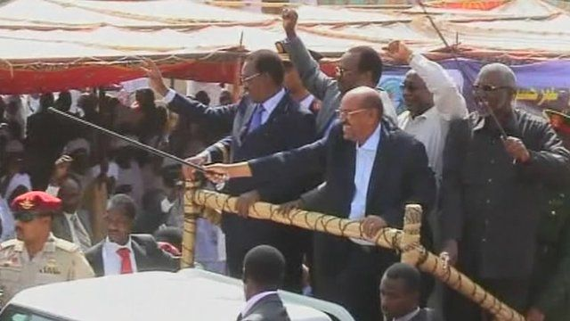 Sudanese President Omar al-Bashir and officials attend the launch of the Darfur Regional Authority