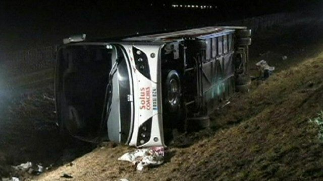 Coach accident on the A26 in northern France