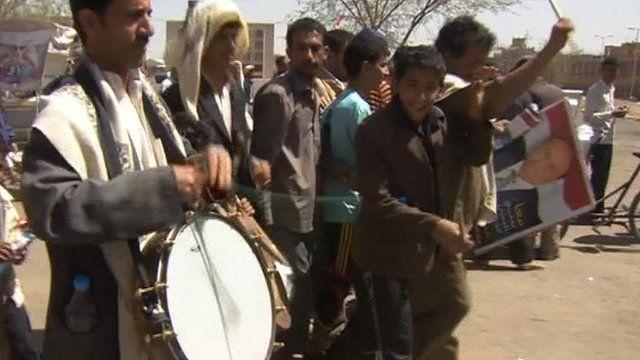 Voters on streets in Yemen