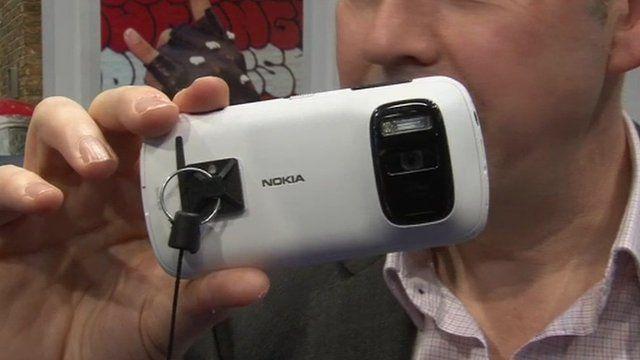 Rory Cellan-Jones and the Nokia 808