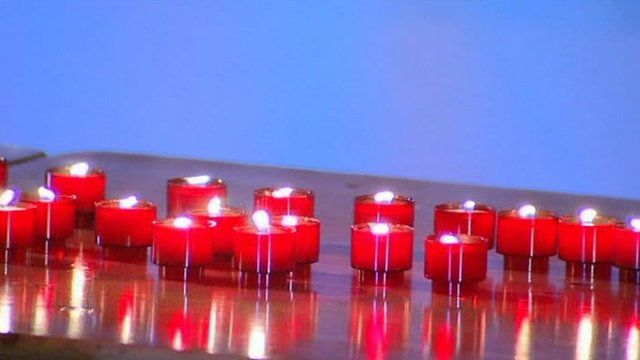 Candles in memory of the crash victims.