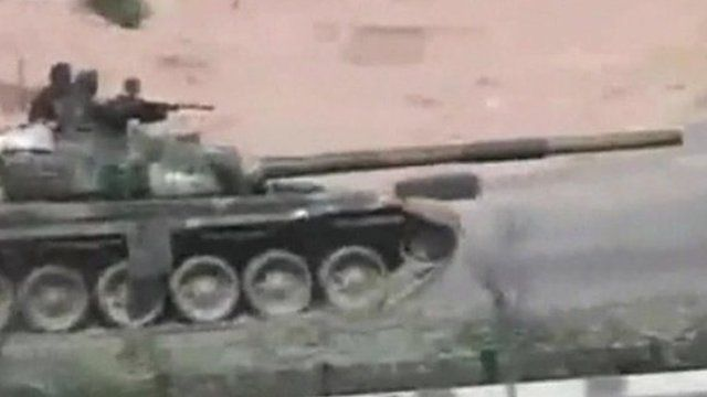 Tank in the Syrian city of Hama.