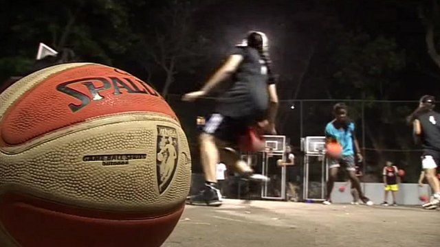 Women basketball players in India