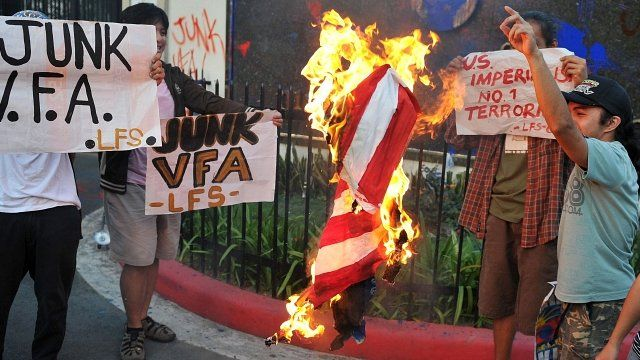 Protesters outside US embassy in Manila, Philippines