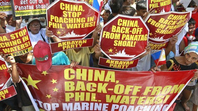 Filipinos protesting at the standoff between Philippine and Chinese vessels at the disputed Scarborough Shoal in the South China Sea