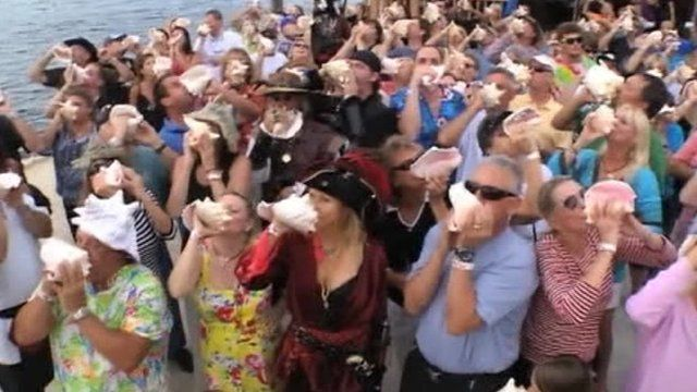 Conch blowing record attempt