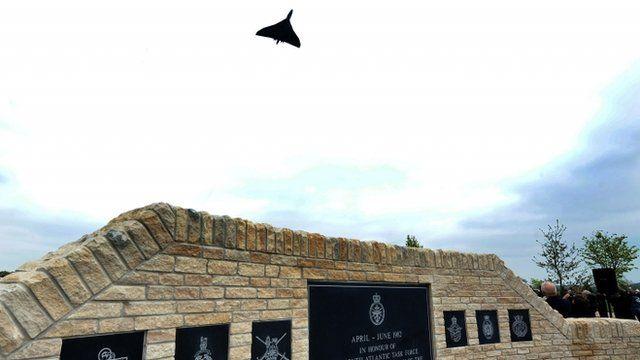 Vulcan Bomber flypast over Falklands memorial