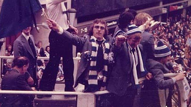 FA Cup winner Kevin Beattie waves a flag at Ipswich homecoming parade, photo by C Heal