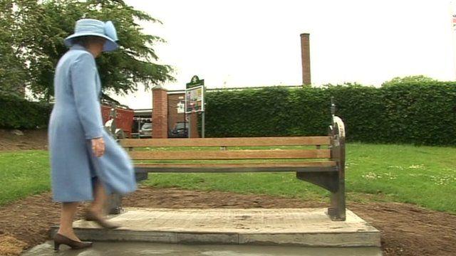 Jubilee bench