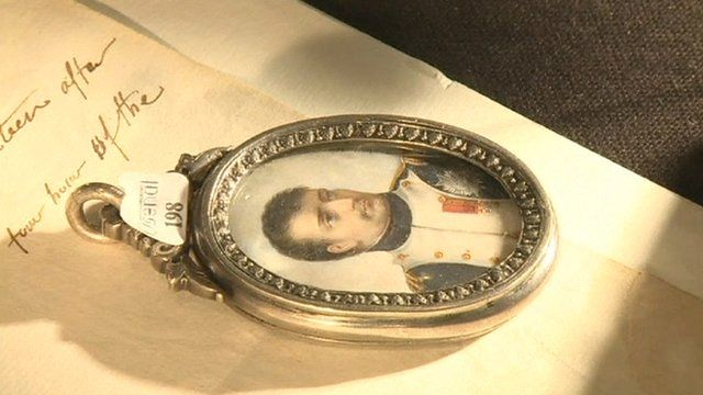 Locket and letter sold at Napoleon auction
