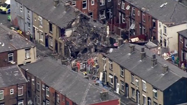 Damaged houses in Buckley Street, Shaw