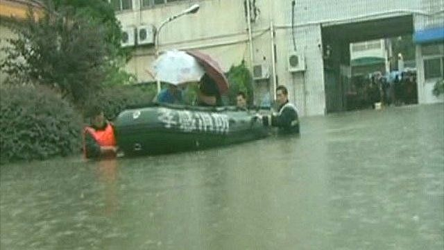 Floods spark rescue efforts in China