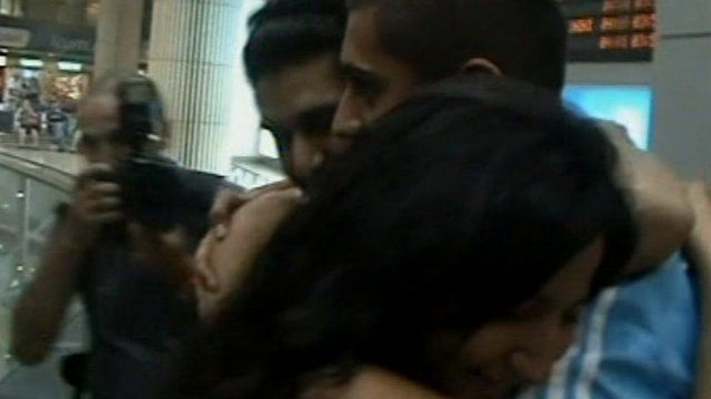 Survivor of Bulgaria bus bomb greeted at airport in Israel