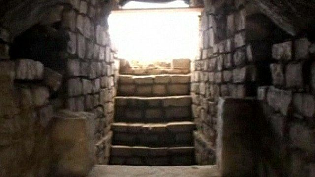 1,100 year-old tombs found in Mexico