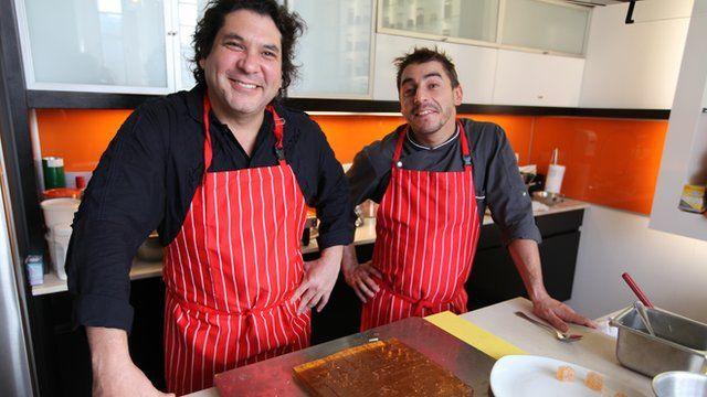Chefs Gaston Acurio and Jordi Roca collaborate in the kitchen