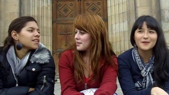 Women in Colombia talking about London 2012