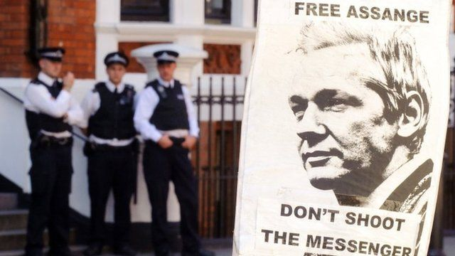 Police outside the Ecuadorean embassy in London