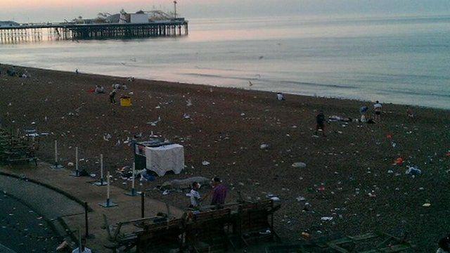 Rubbish on Brighton beach