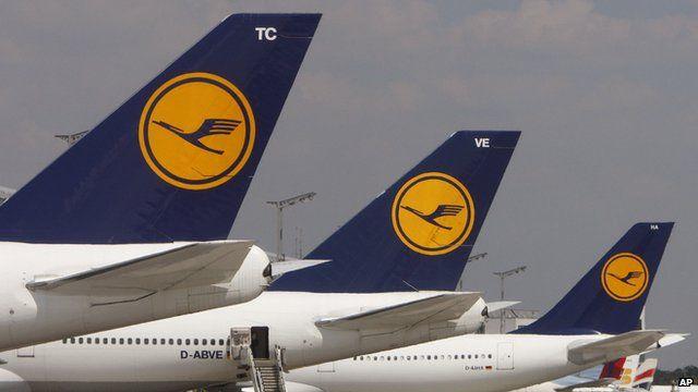 Lufthansa planes at Frankfurt airport