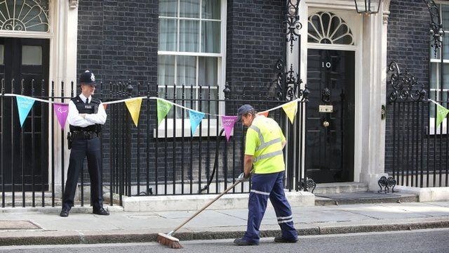 A road sweeper outside No 10 Downing Street