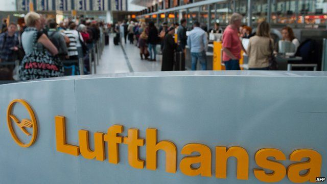 Lufthansa check-in gate