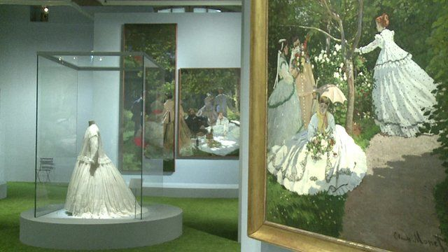 A painting in the Impressionism and Fashion exhibition