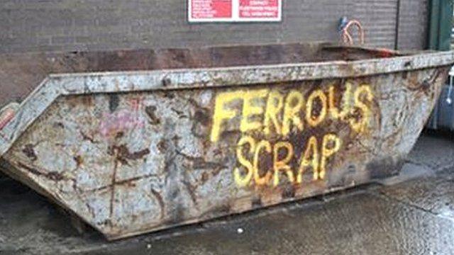 Ferrous scrap skip