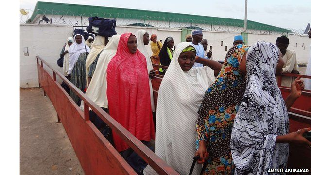 Nigerian women arrive for Hajj