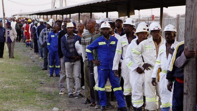 Lonmin miners in Marikana, South Africa, on 20/09/12