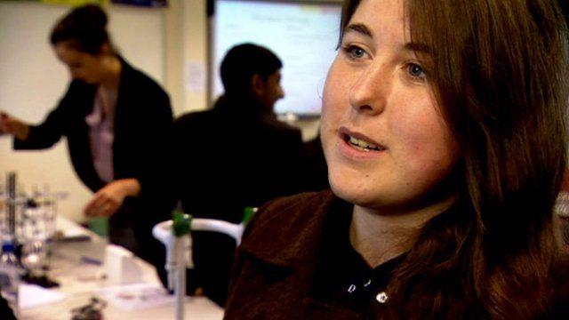 Media Player Girls At Lampton School Hounslow