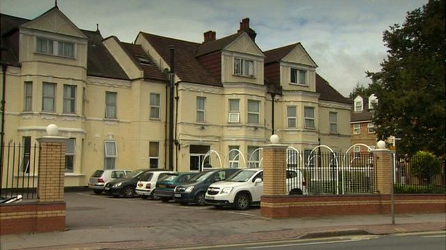 Bed and breakfast hotel accommodation in Croydon, south London