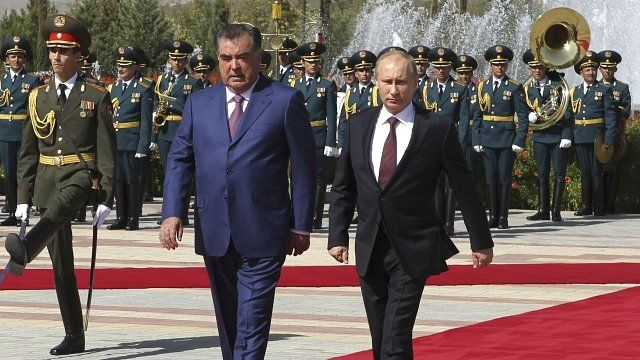 President Imomali Rakhmon and President Vladimir Putin