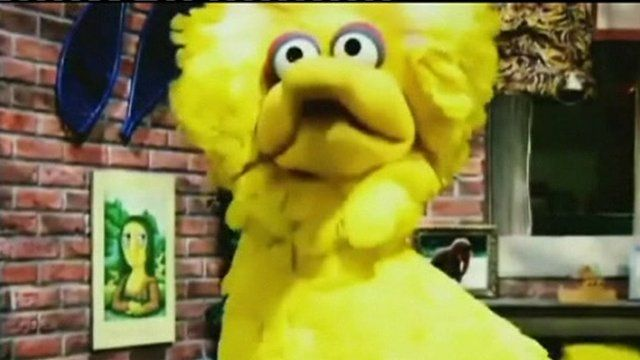 Big Bird in an image from President Obama's advert