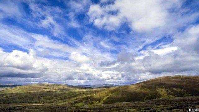Allt Duine hills