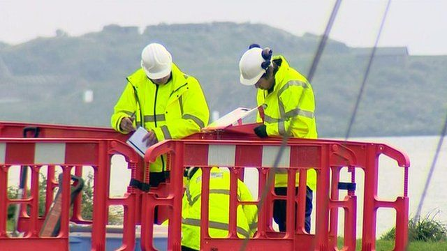 Workers in Dalgety Bay
