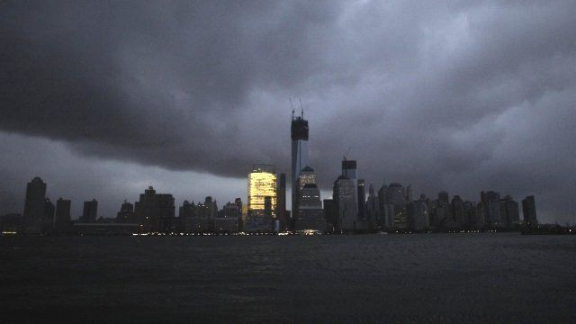 New York hit by 'Super storm Sandy'